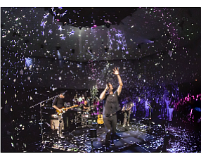 Coldplay concert in virtual reality