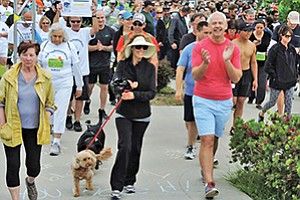 Scott Suckow, executive director of the American Liver Foundation's Pacific Coast Division, and Linda Katz, community volunteer, join others at the start of the Annual Liver Life Walk. Photo courtesy of the American Liver Foundation