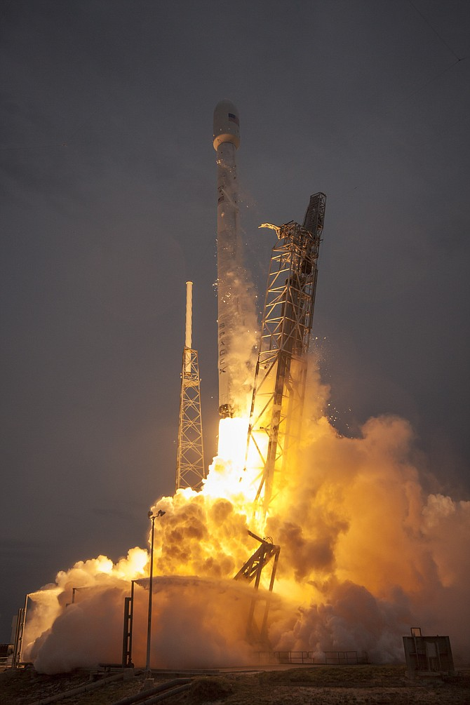 Falcon 9 launch on May 27, 2016.