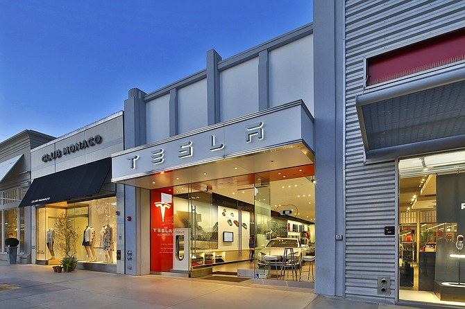 Tesla store on Third Street Promenade in Santa Monica.