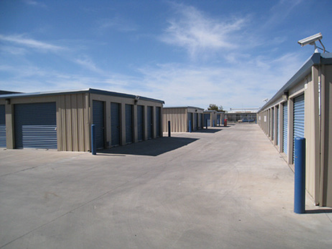 san diego buyer acquires calexico self storage facility for 4 1 million san diego business. Black Bedroom Furniture Sets. Home Design Ideas
