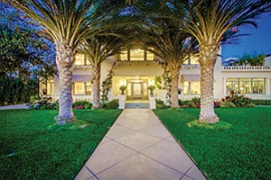 Photo courtesy of Pacific Sotheby's International Realty