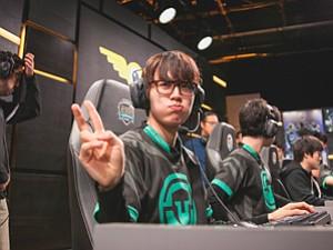 Bringing Heat: Immortals' Ho-jong 'Flame' Lee at 'League of Legends' match last month.