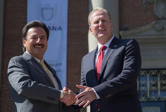 Tijuana Mayor Jorge Astiazarán and San Diego Mayor Kevin Faulconer signed a memorandum of understanding to continue collaborating - Photo courtesy of Mayor Kevin Faulconer's office