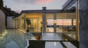 Windows of Opportunities: Irish architect Paul McLean's homes are known for their contemporary, glass-dominant style.