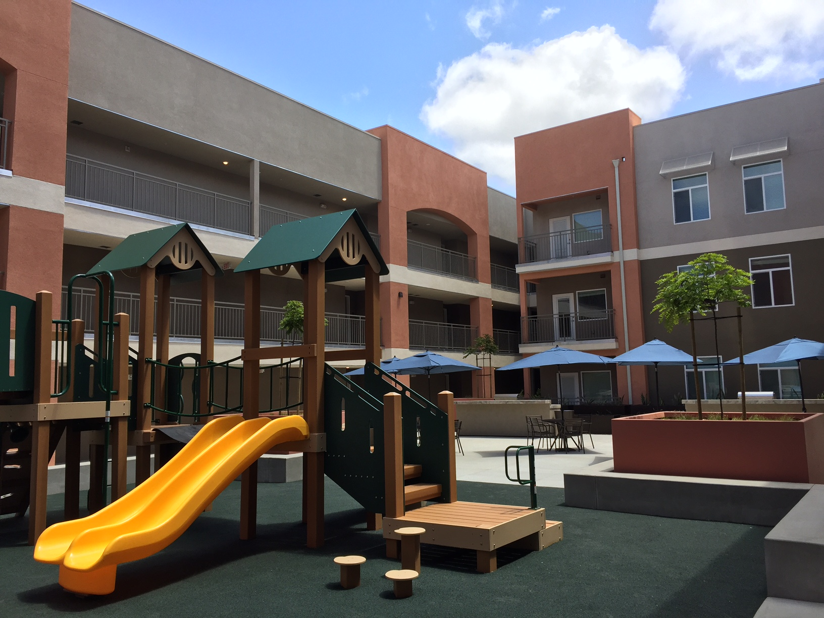 Chelsea opens 20 4m affordable apartment complex in san - Apartment complexes san diego ...