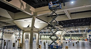 The fluorescent lights in the convention center exhibit halls (A-H), above, were replaced with LED lights, which changed the wattage to 240 watts per fixture from 385 watts. Photo courtesy of the San Diego Convention Center Corp.