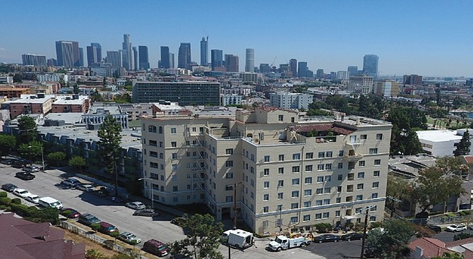 Century City-based Universe Holdings, a privately held multifamily investment firm, has completed a $12.6 million acquisition of the Nob Hill Towers apartment community located in the Westlake district of Los Angeles.