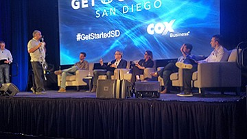 Farooq Anjum, founder and CEO of GroGuru, presents to the judges at Get Started San Diego. 