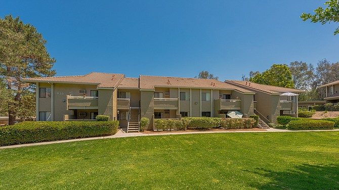 Rancho Hills apartments in Vista -- Photo courtesy of CBRE Group Inc.
