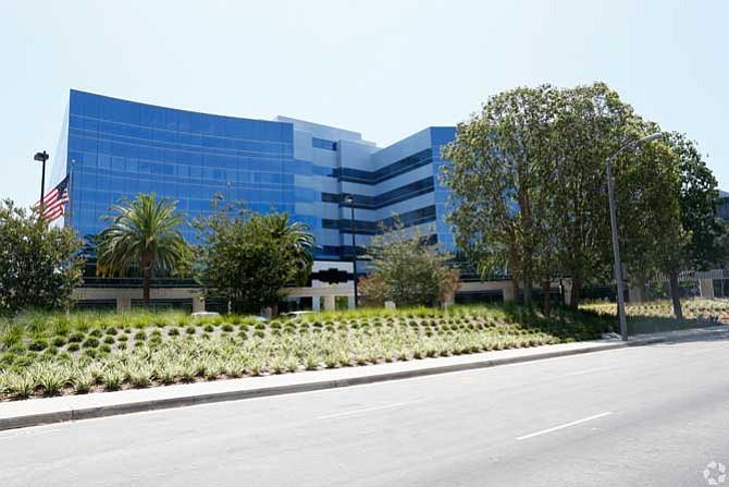 Continental Grand office, El Segundo