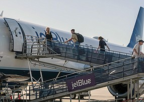 JetBlue at Long Beach