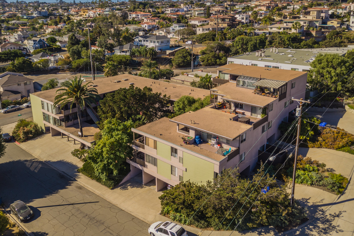 Apartment complex sold for 7 7 million san diego - Apartment complexes san diego ...