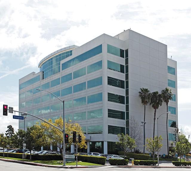 LAT's New HQ: Newsroom union wants transit subsidies, telecommuting options.