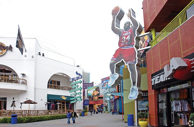 L.A. Focus: Universal CityWalk Hollywood, designed by Jerde Partnership.
