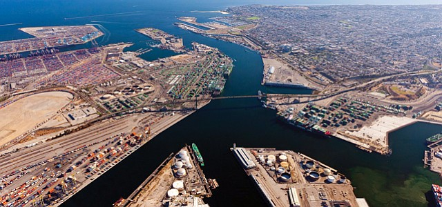 Port of L.A.: 9.3 million containers in 2017, second-straight record year.