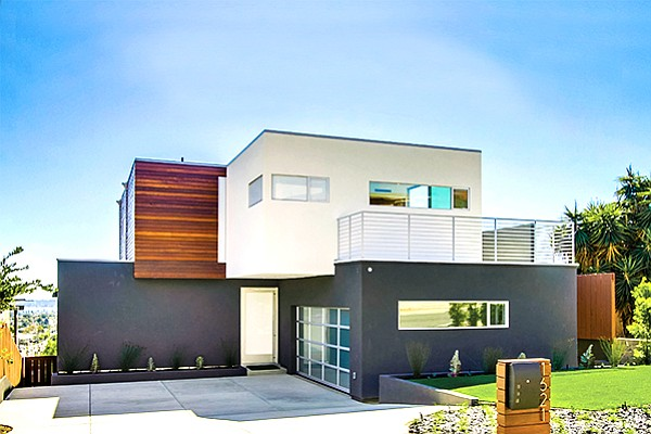 A newly constructed home at 1621 Collingwood Drive in Pacific Beach. Photo courtesy of Pacific Sotheby's International Realty