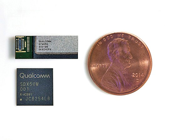 Qualcomm components for 5G wireless communications include an antenna module, top, and Snapdragon X50 modem, bottom. Photo courtesy of Qualcomm Inc.