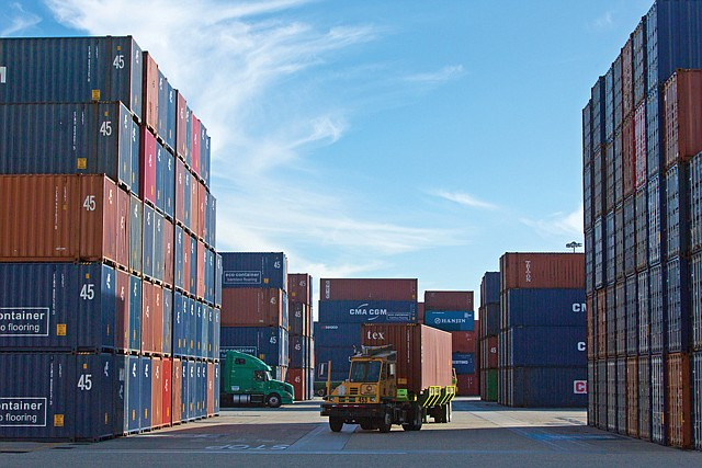 Freight Weight: Disputes over terminal automation at the ports of Los Angeles and Long Beach have flared recently.