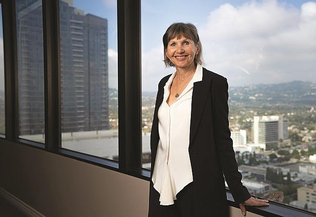 Alison Ressler (photo by Alexander Drecun)