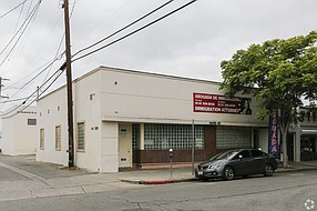 Office building at 14518-14520 Erwin St. in Van Nuys.