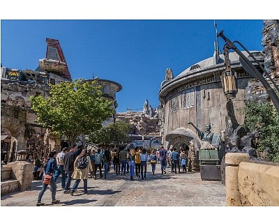 Entrance to Galaxy's Edge