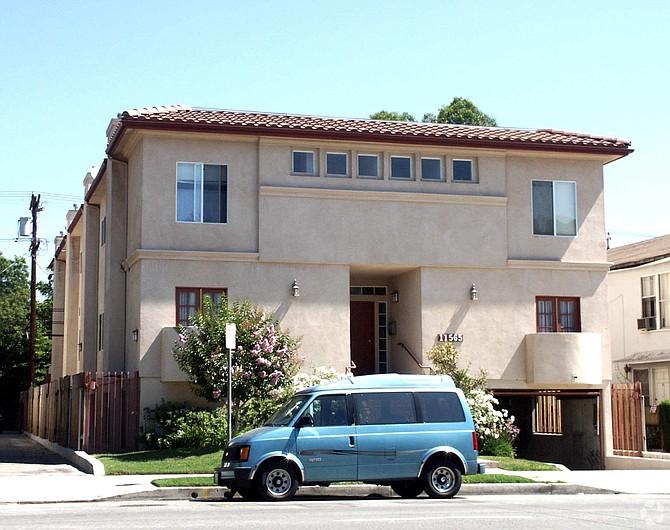 11565 Riverside Drive in Valley Village.