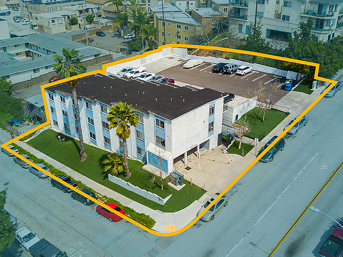 4201 51st St. Photo courtesy of South Coast Commercial Inc.