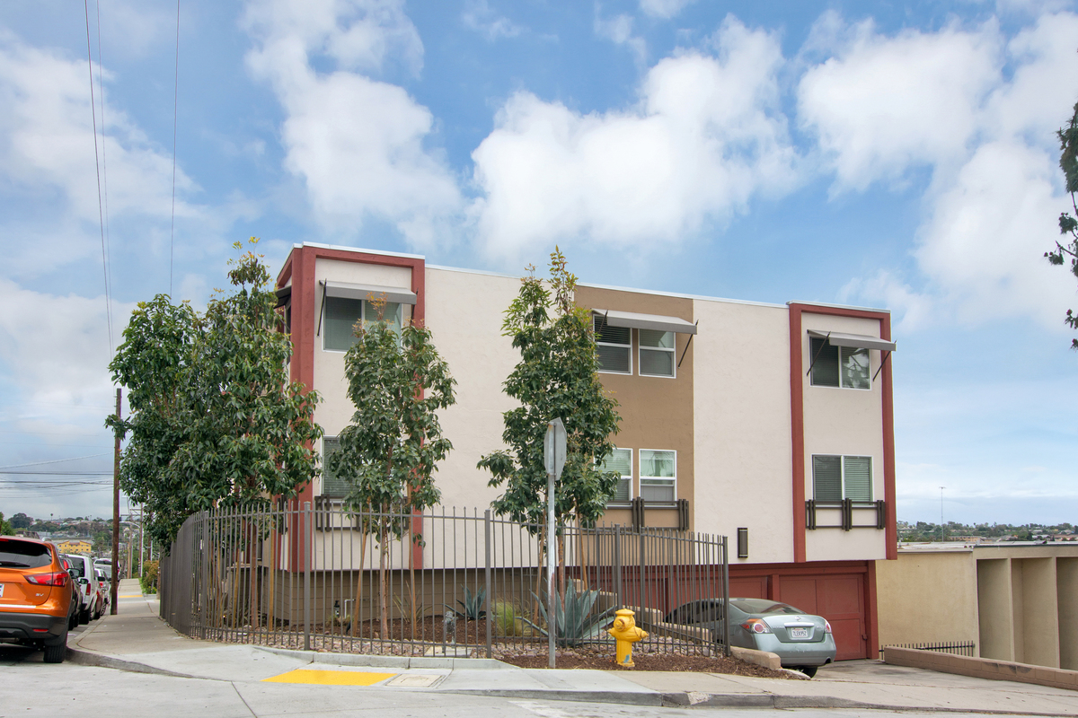 Apartment complex sells for 2 9 million san diego - Apartment complexes san diego ...