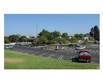 Future Amazon distribution hub in Mission Viejo