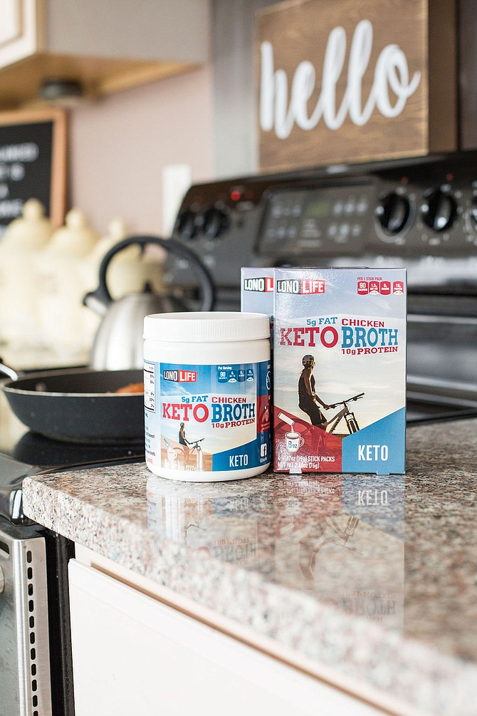 LonoLife offers on-the-go dehydrated bone broth options that it claims are both nutritious and conveniently portable. Photo courtesy of LonoLife Inc.