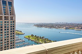 Take in panoramic ocean views from the tallest hotel on the San Diego waterfront. Photo courtesy of Manchester Grand Hyatt San Diego.