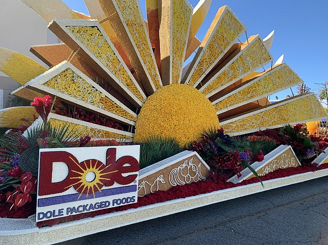 "Dole's ""Sunshine for All"" float."