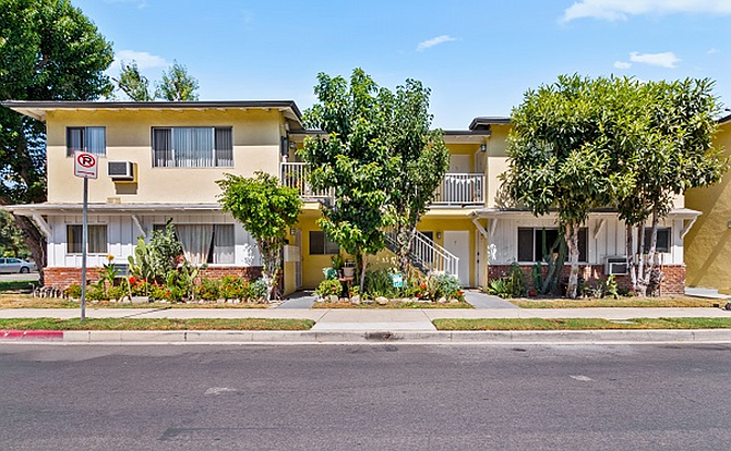 Apartments at 4904 Tujunga Ave. in North Hollywood.