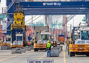 Trade dropped 5.4% at the Port of Los Angeles in January 2020.