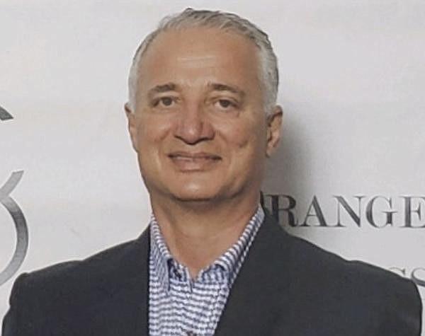 Manouch Moshayedi