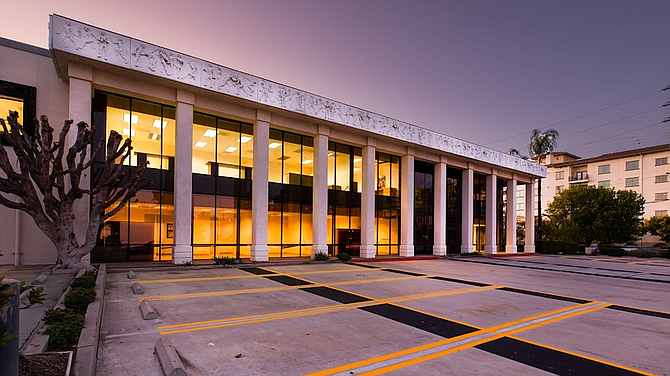 Office building at 21100 Erwin St. in Woodland Hills.