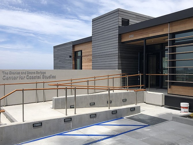 Images courtesy of The Miller Hull Partnership. Renovation breathed new life into the Center for Coastal Studies at Scripps Institution of Oceanography.