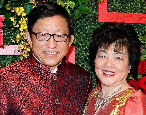 Charlie Zhang, left