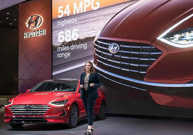 Hyundai CMO Angela Zepeda at Chicago Auto Show