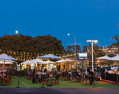 Sol Mexican Cocina's Newport Beach patio dining.  Photo Courtesy of Kevin Hall Photography
