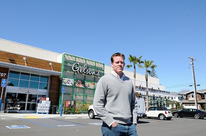 Principal Jim Dillavou thinks market conditions favor Paragon's focus on grocery-anchored retail centers.