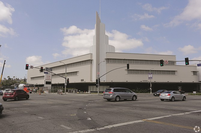 Baldwin Hills Crenshaw Plaza on Martin Luther King Jr. Blvd. is 869,000 square feet.