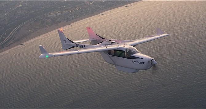 Electric EEL in flight.