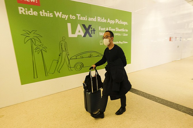 This year, LAX had just 33% of its 2019 Thanksgiving boardings.