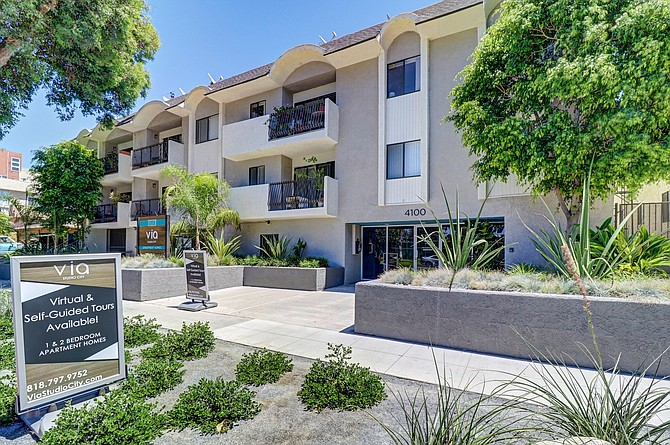 Via Studio City apartment complex at 4100 Whitsett Ave. in Studio City.