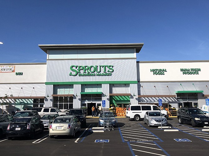 Photo courtesy of Retail Insite. Renovations to an aging Vista shopping center drew new tenants