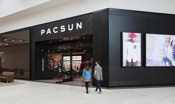 PacSun in Los Cerritos Center