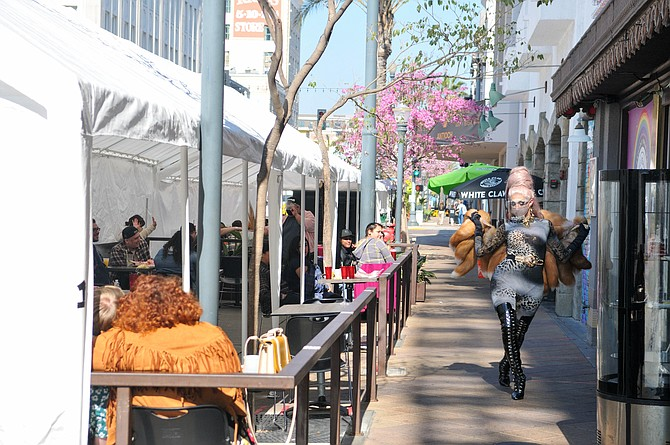 L.A. restaurants have been cleared for outdoor dining.