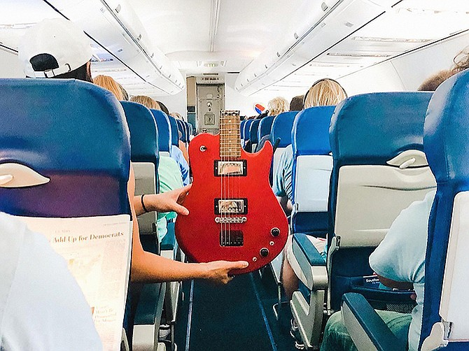 Photo courtesy of Ciari Guitars.